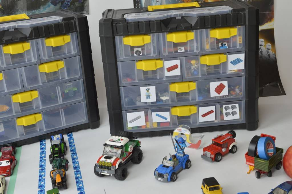 Magiczna skrzynka z zabawkami