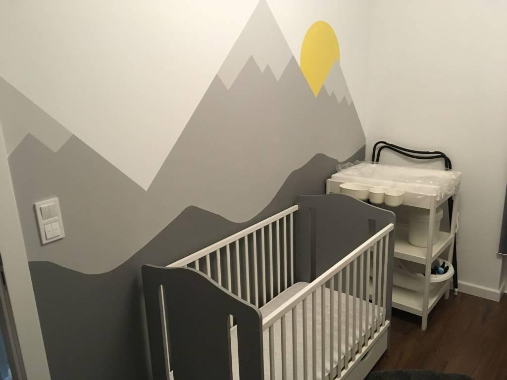 Pokój dziecięcy z widokiem na góry