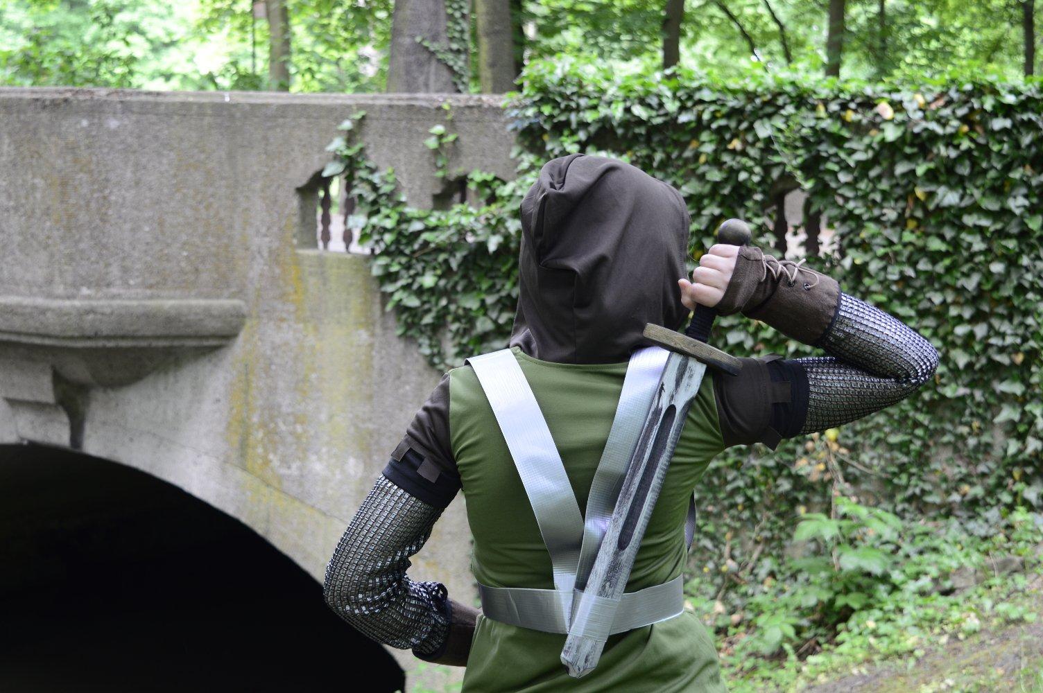 Pochwa na miecz z taśmy tesa Duct - gotowa