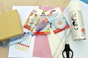 Materiały potrzebne do stworzenia pudełka z wakacji