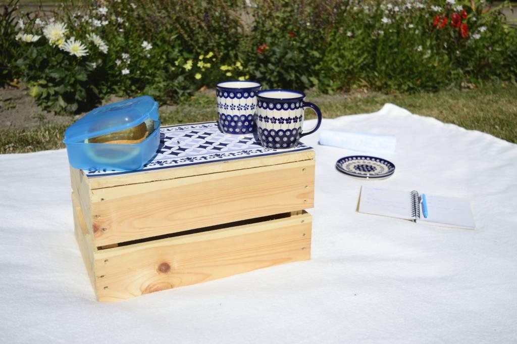 Piknikowy niezbędnik - Skrzynka i stolik - 2w1