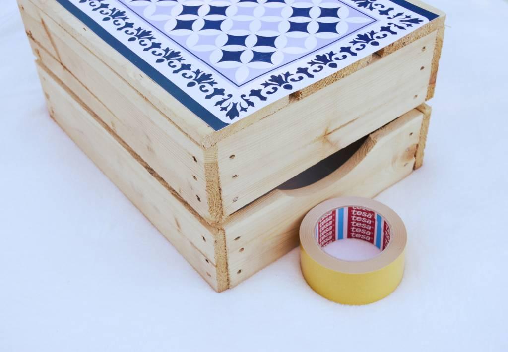 Piknikowy niezbędnik - stolik i skrzynka - 2w1