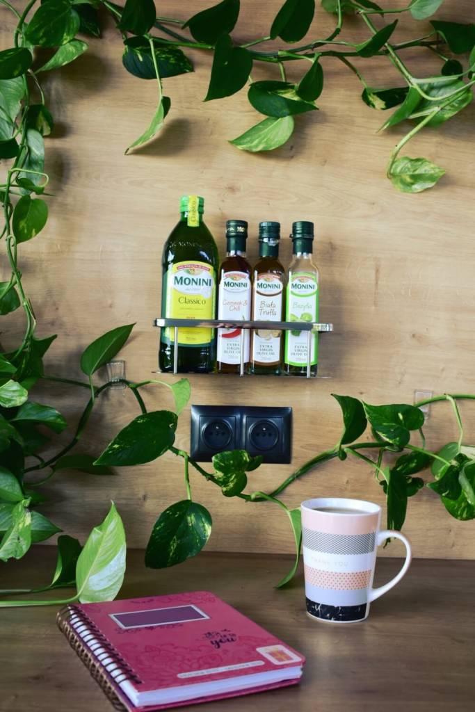Półka na oliwy w kuchni